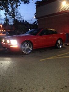 2007 FORD MUSTANG  CONVERTIBLE.$7000.FIRM