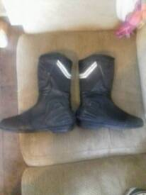 Adult size 9 Motorbike Boots