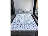Childs blue, red and grey star blind