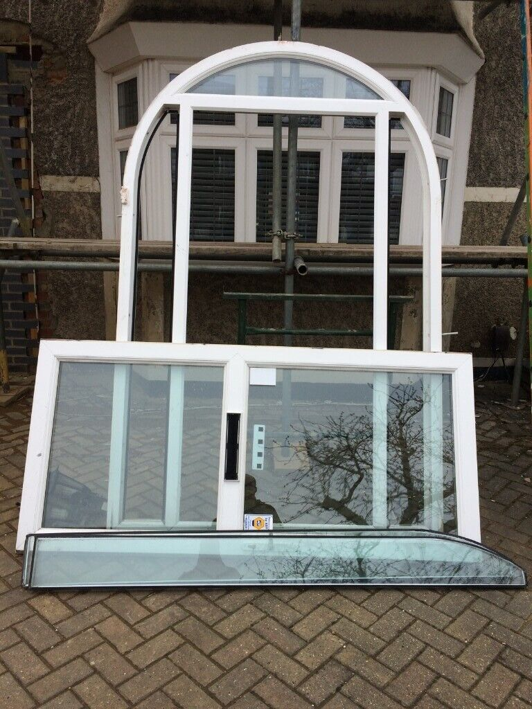 100% authentic c05d3 dc50d RRP:£2000 1 x UPVC WHITE ARCHED DOUBLE GLAZED FRONT DOOR & SIDE PANEL  WINDOWS W1530mm X H2360mm | in Croydon, London | Gumtree