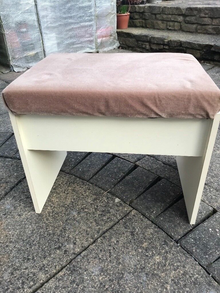 Cushioned Desk Chair Stool With Lifting Lid For Enclosed Storage Good Condition