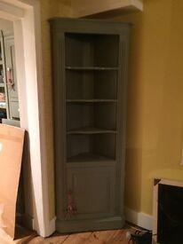 Wooden corner dresser, French Grey.