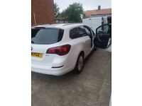 2011 Vauxhall Astra estate 1.7 cdti service history 2xkeys alloys immaculate condition inside