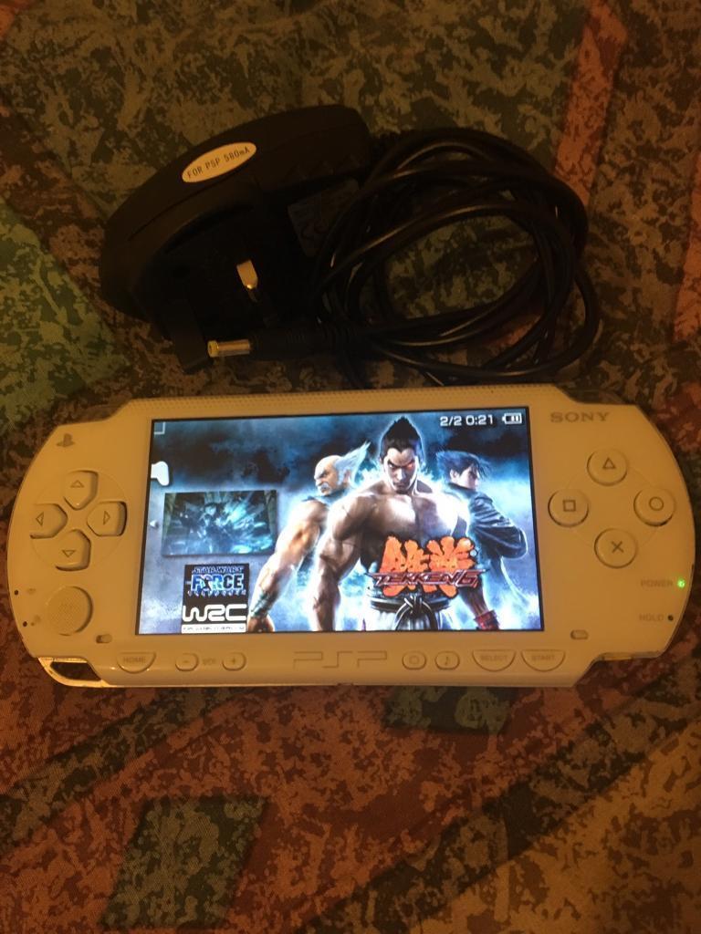 PSP WHITE - 11 Games - 16GB