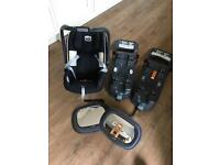Britax infant car seat, plus 2 isofix bases and mirrors.