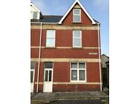 4 bedroom flat to let.