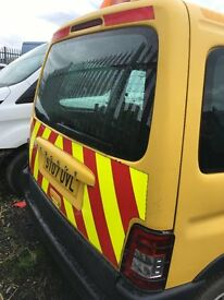 Peugeot Partner Car-Van Chevrons Bright Yellow Beacon On Roof