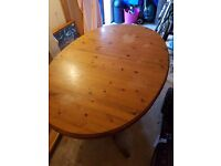 House of Frasers dinning extendable dinning table