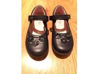 Startrite shoes leather navy - only worn once - size 8.5 F