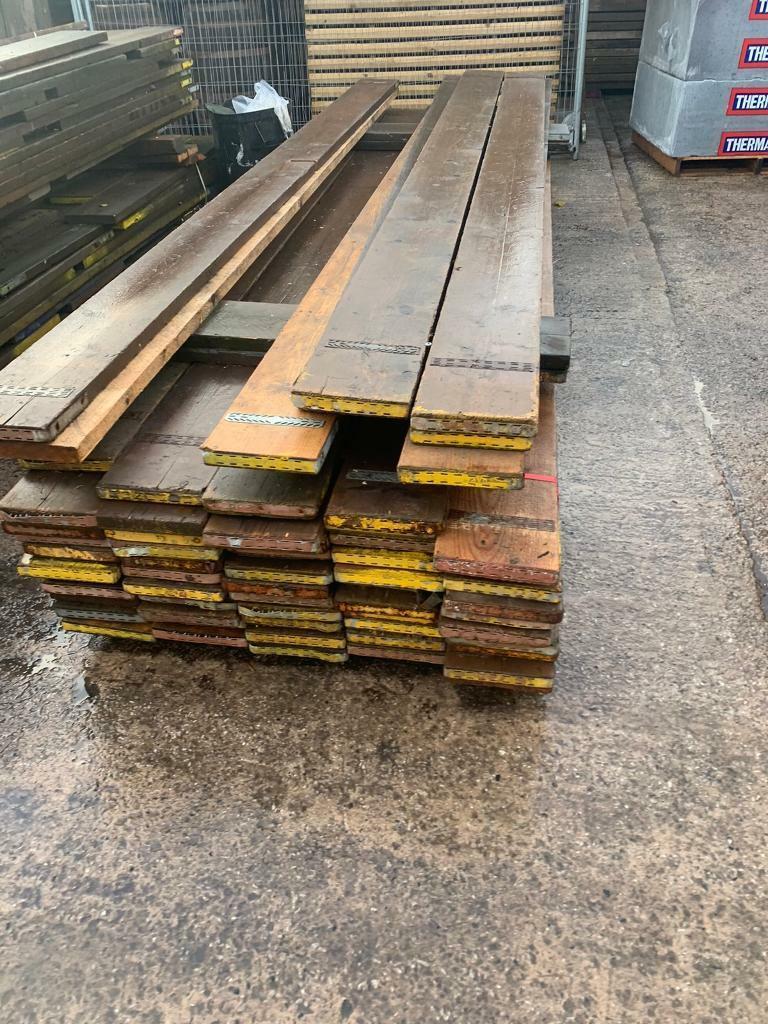 Used scaffold boards 8'