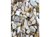 20 mm York cream garden and driveway chips/ stones/ gravel