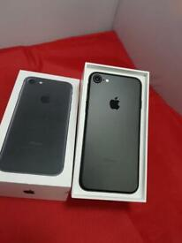 IPHONE 7 32gb Unlocked Immaculate Condition Black