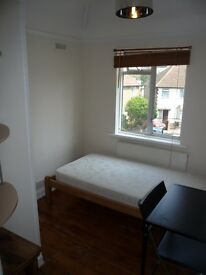 East Acton £542