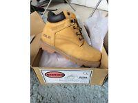 Ladies Redwood work boots