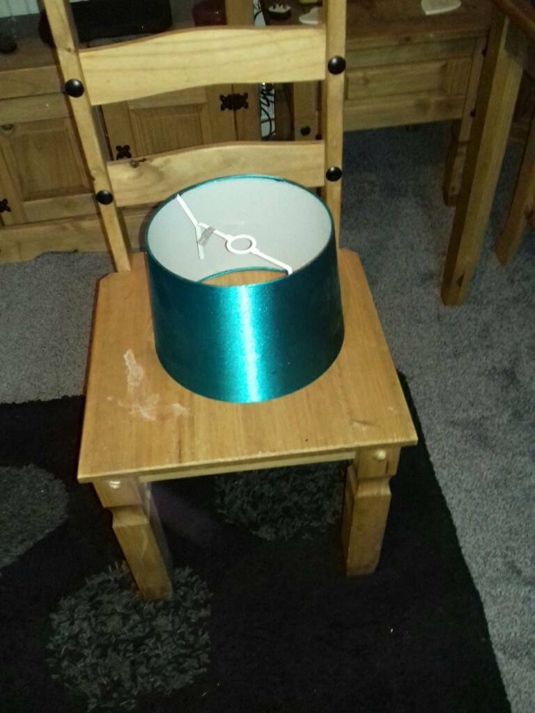 Ex condition blue teal lampshade £2 from pet and smoke free home