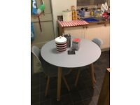 Table and chairs. Round and in good condition. Selling due to a move.