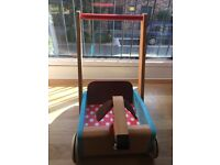 Janod baby wooden walker
