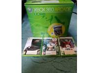 Xbox 360 arcade 256mb white console