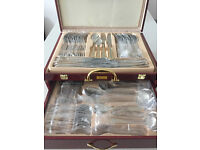 Brand New Harrier 72-piece Stainless Steel Cutlery Canteen in a Beautiful Wooden Box