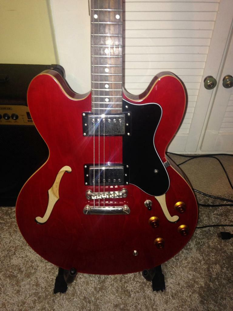 epiphone dot 335 with marshall g30rcd amp stand and case reduced to sell in loughborough. Black Bedroom Furniture Sets. Home Design Ideas
