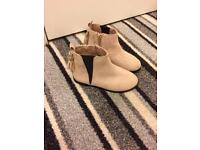 Mini girls size 9 Chelsea boots.