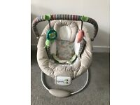 Baby bouncer (hardly used)