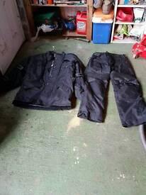 Waterproof motorbike suit