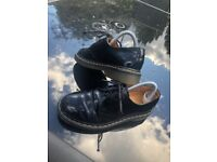 Ladies Dr Marten shoes with laces size 5 (used)