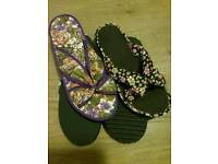 2PAIRS ,SIZE 4 FLATS,BRAND NEW ,