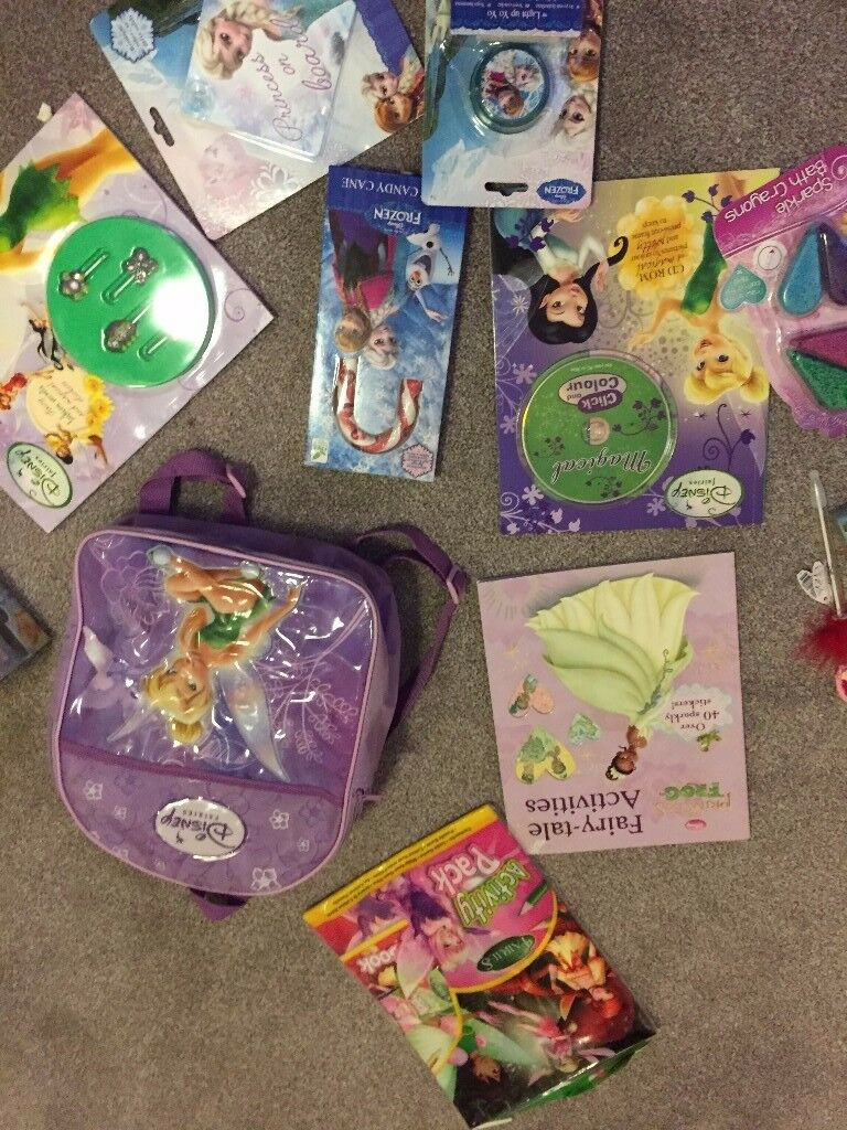 NEW BUNDLE FREE DELIVERY DISNEY PRINCESS TINKERBELL FAIRIES BAG MAKE-UP BOOKS HAIR BITS BATH CRAYONS
