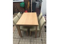 Wooden Dining Table And Chairs Nearly Brand New In Great Condition