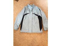 Ladies Trespass warm, waterproof, hooded coat / jacket. Size XL (approx 16/18)