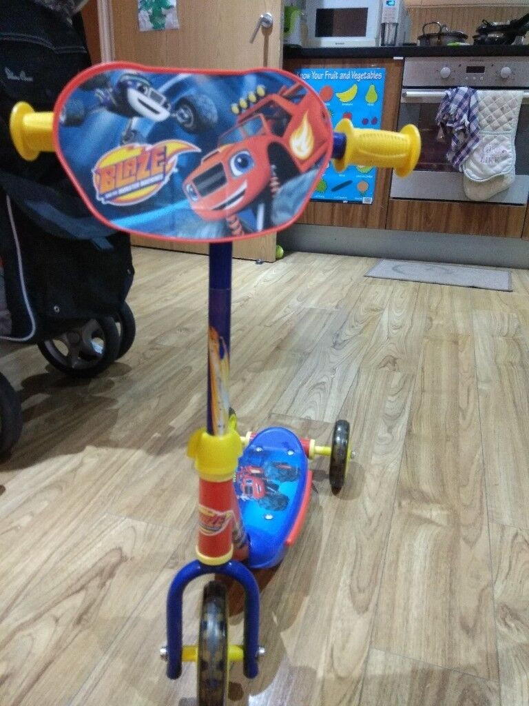 Argos blaze scooter for sale. Selling price £5.