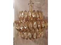 Crystal Pendant Lightfitting/ Chandelier