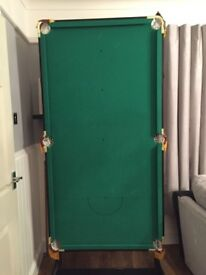 6ft folding pool table with accessories