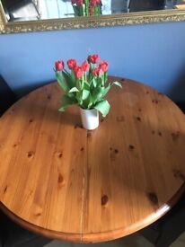 Solid pine extendable table only table no chairs