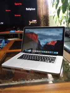 "Apple MacBook Pro 15.4"" Intel Quad Core i7 Webcam 16gig Ram 240gb SSD Solid State Drive Radeon 1024 mb WiFi New Battery"