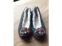 White stuff slippers new size 8