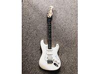 Fender Stratocaster HSS Antique White