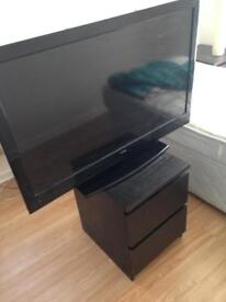 40 inch Luxor TV