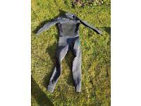 Mens Xcel Medium 4/3mm Wetsuit