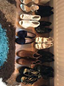 Ladies shoes/boots/sandals