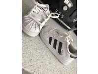Adidas superstar girls trainers size 6