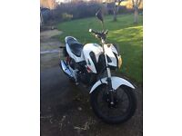 Honda CB125f (white) 125cc motorbike and perfect for a learner