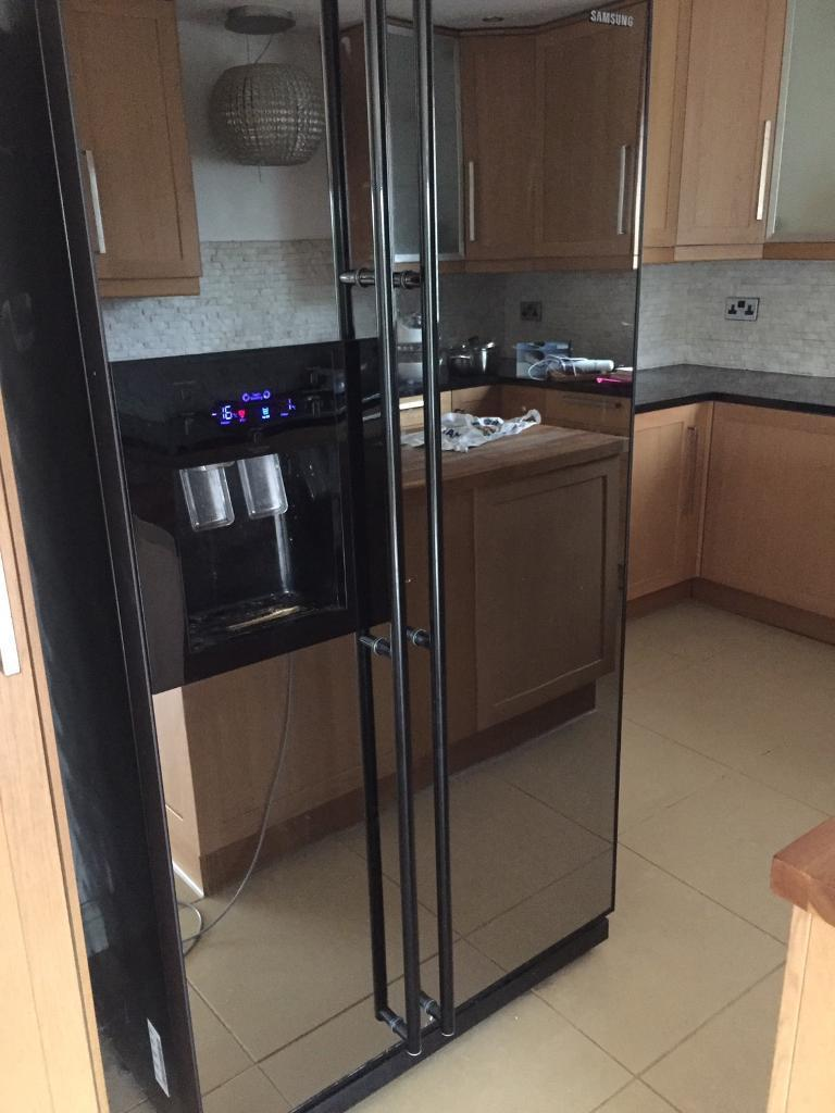 Samsung Mirror Fronted American Fridge Freezer In