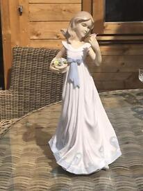 Leonardo porcelain figurine