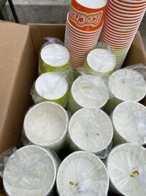 1200 brand new ice cream tubs 1/2/3/4 scoop in pink and green all in sleeves
