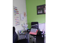 BEAUTY ROOM, NAIL STATION FOR RENT - NORTH PROSPECT