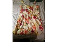 Free women's clothes size 18/20