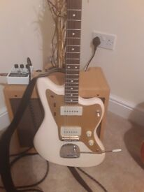 Squier J Mascis Jazzmaster with Fender tweed case as new